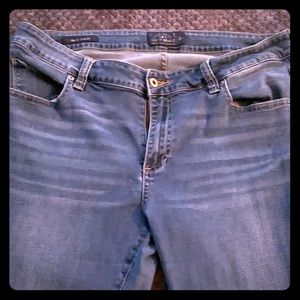 Lucky Brand Plus Size jeans - New condition.
